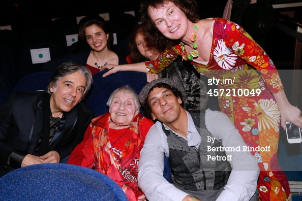 Anne and the Gang at the Premiere