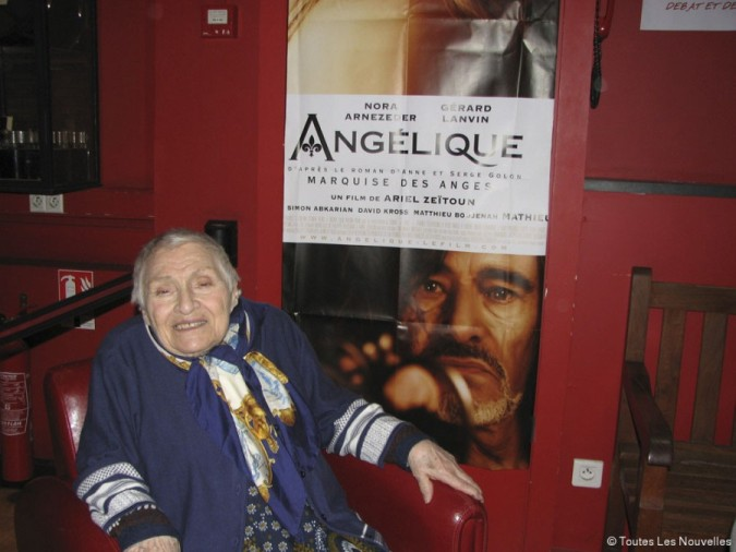 Anne Golon at film premier