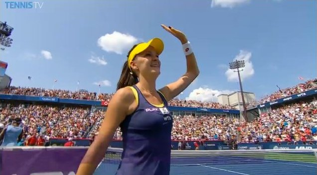 Iconic wave of thanks, Aga's trademark