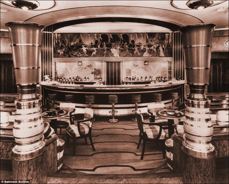 The Art Deco Bar on the Queen Mary