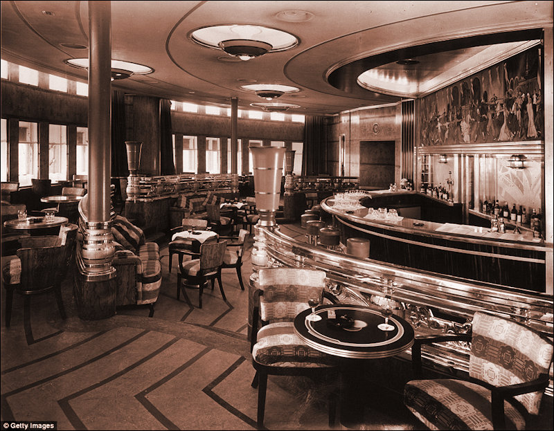 The Bar on the Queen Mary
