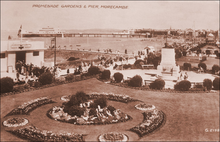 Cenotaph, Gardens, Pier and Don Cafe