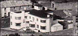 Detail of the Yacht Inn from aeriel postcard