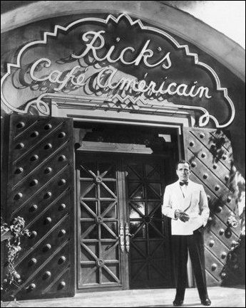 Rick in front of Cafe