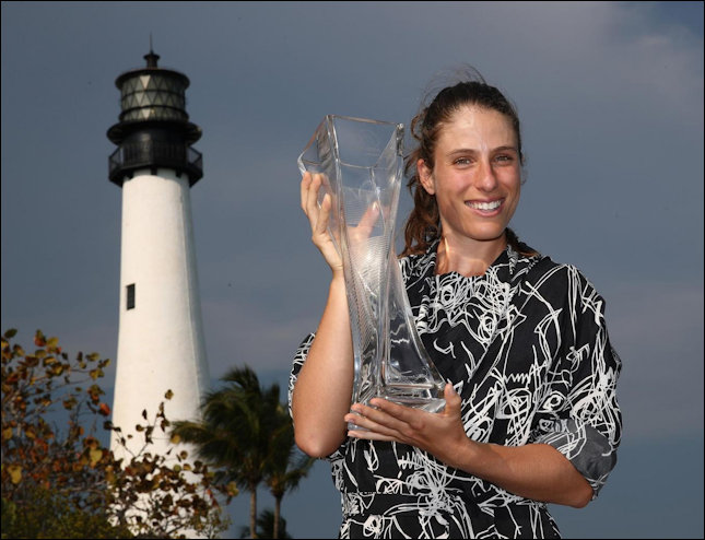 Konta and Miami Lighthouse