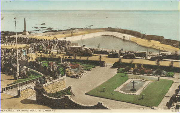 1930s colour postcard of Jubilee Pool and Gardens