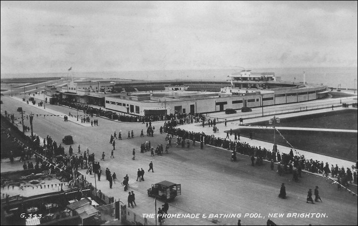 Sated postcard of New Brighton Lido 1935