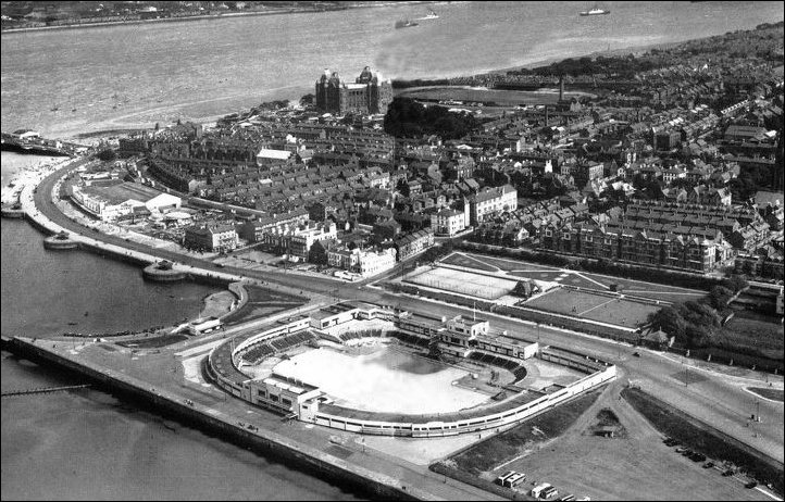 New Brighton Pool from the Air undated