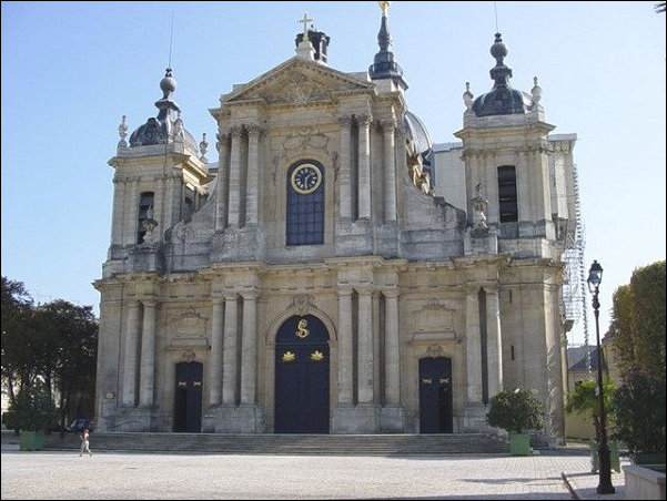 St Louis Cathedral, Versailles - Facade