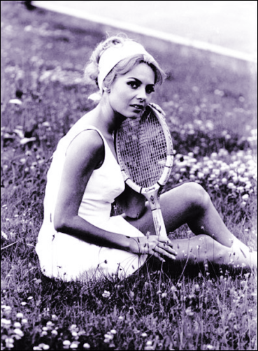 MM amongst the daisies