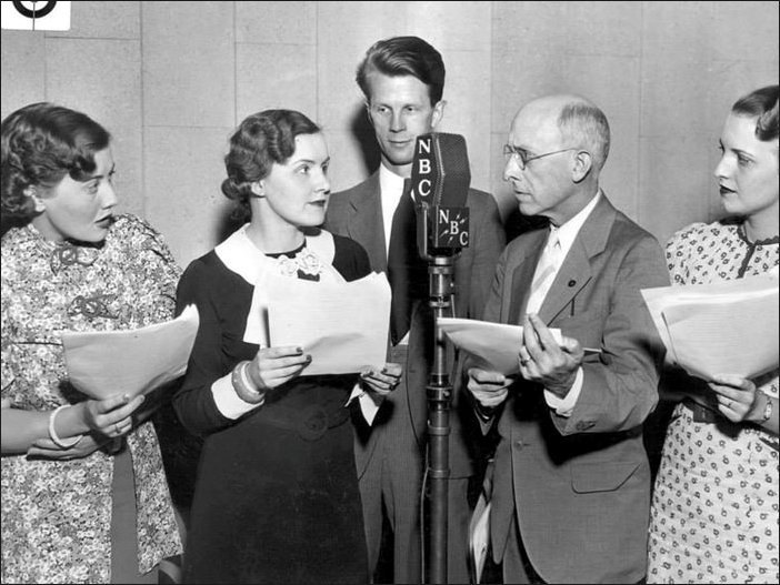Cast of Ma Perkins at the Microphone