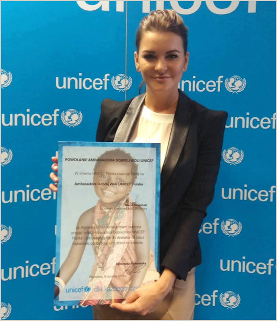 Radwanska with Unicef Ambassador Certification