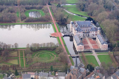 Aeriel shot of the chateau Beloeil, gardens and moat