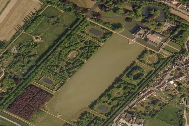 Aeriel view of the chateau gardens