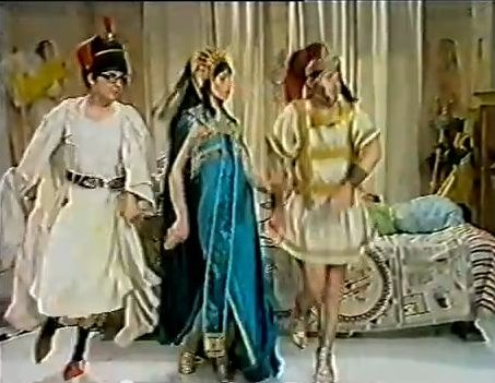 Morecambe and Wise Sand Dance spoof with Glenda Jackson