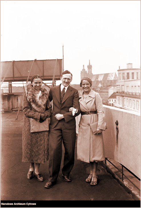 JJ and her sister  on roof of Press Palace in Krakow in 1932