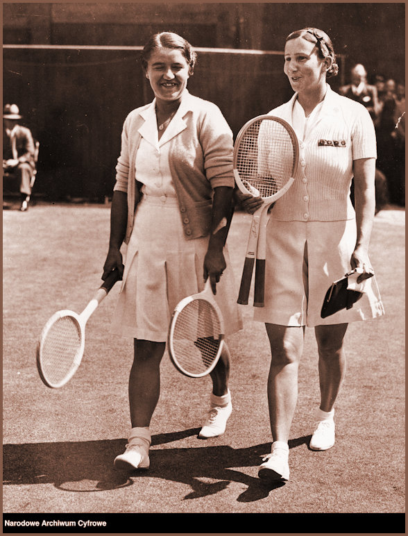 JJ and Dorothy Round enter court for the Wimbledon Ladies 1937 Final