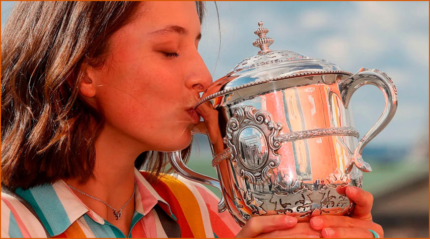 Iga and the French Open Trophy
